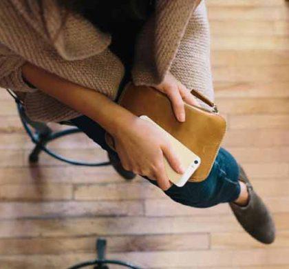 Kuinka usein käytämme älypuhelinta päivittäin?